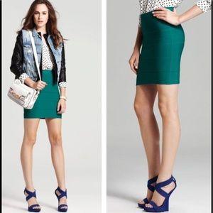 BCBGMAXAZRIA Size XS Simone Ultra Green Mini Skirt